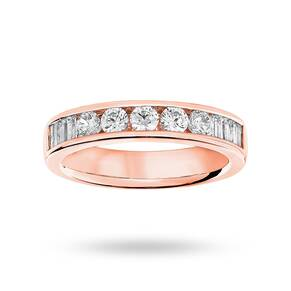 18 Carat Rose Gold 0.75 Carat Brilliant Cut and Baguette ...