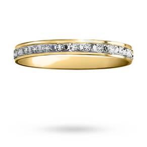 2.5mm ladies diamond cut wedding band in 18 carat yellow gold