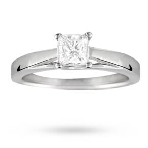 Princess Cut 0.50 Carat Solitaire Diamond Ring In 18 Cara ...