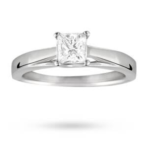 Princess Cut 0.50 Carat Solitaire Diamond Ring In Platinum