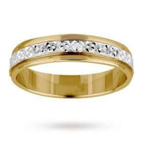 4mm Ladies diamond cut wedding band in 18 carat yellow gold - Ring Size L